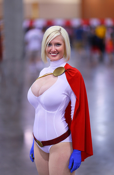 Lady Wolfstar as Powergirl