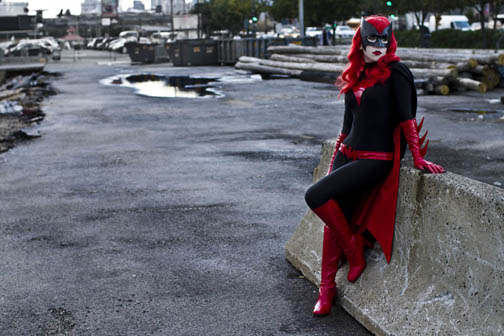 batwoman_cosplay_at_nycc_by_alyssa_ravenwood-d4cwe67