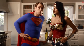 Passez Thanksgiving avec la Justice League