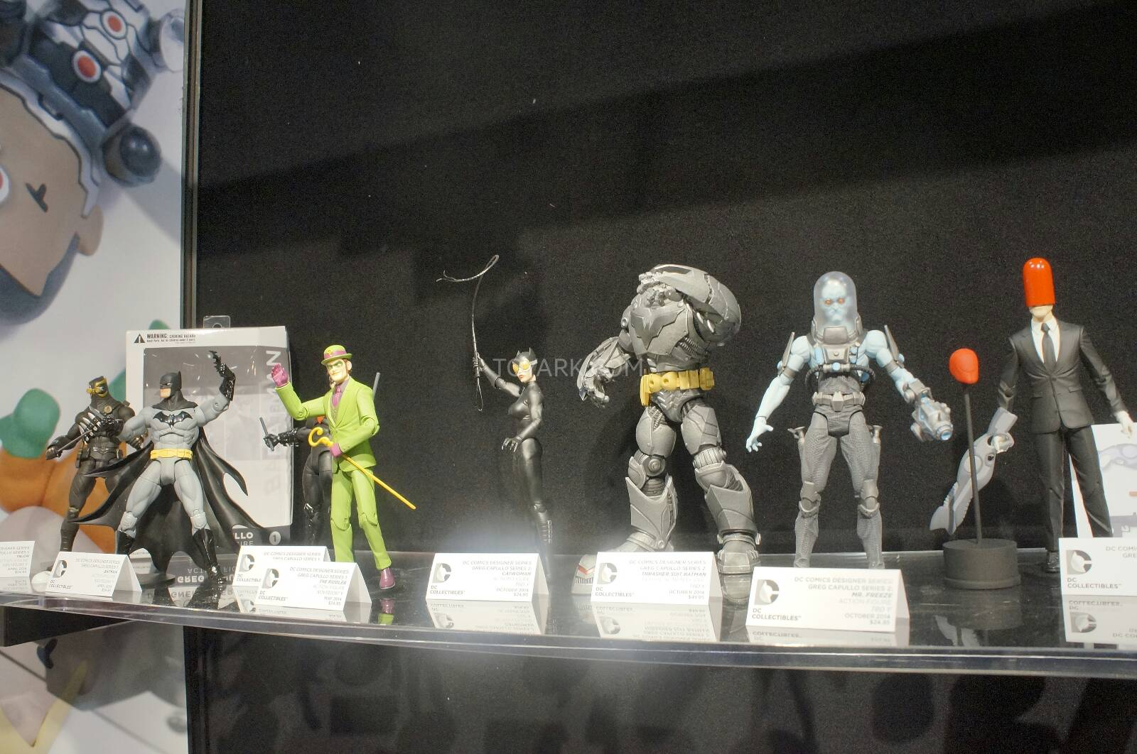 Prochaines figurines Batman Dc direct  Toy-Fair-2014-DC-Collectibles-086