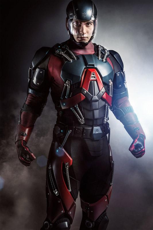 Arrow : Première photo de Ray Palmer en ATOM | DCPlanet.fr