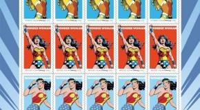 SDCC 2016 – DC Comics célèbre les 75 ans de Wonder Woman avec ? Des Timbres !