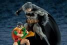Kotobukiya annonce ses statuettes de All-Star Batman et Robin