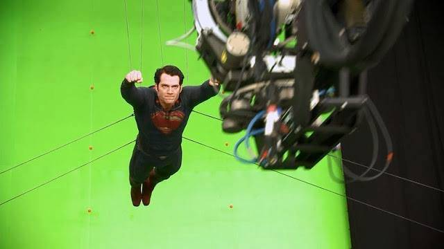 Man Of Steel Featurette Et Photos In 233 Dites Du Tournage