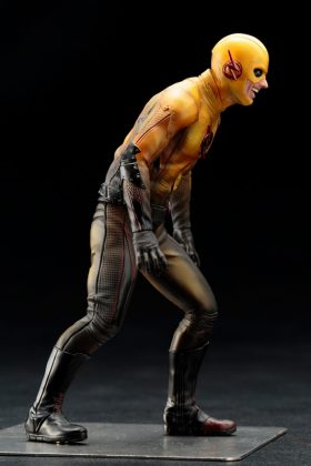 Kotobukiya présente leur statuette de Reverse-Flash version CW 5