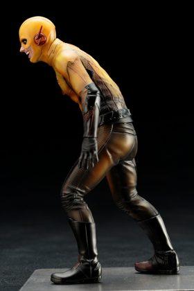 Kotobukiya présente leur statuette de Reverse-Flash version CW 7
