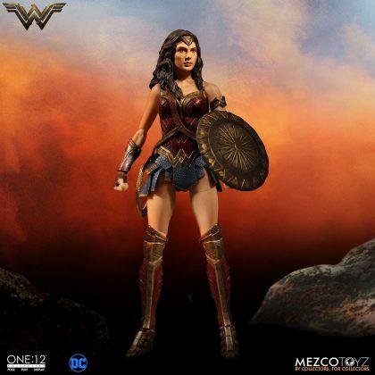 Mezco dévoile leur statuette de Wonder Woman 1