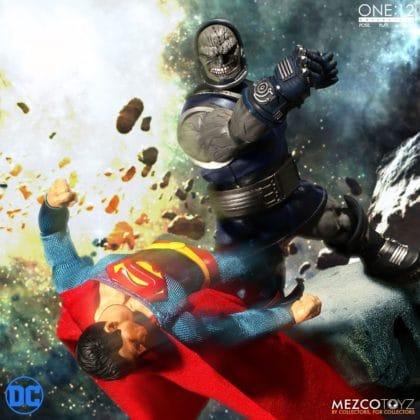 Darkseid débarque dans la collection One:12 de Mezco 11