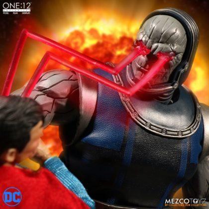 Darkseid débarque dans la collection One:12 de Mezco 9