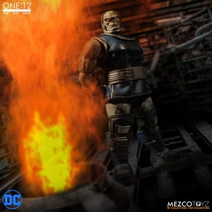 Darkseid débarque dans la collection One:12 de Mezco 3