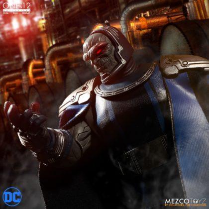 Darkseid débarque dans la collection One:12 de Mezco 5