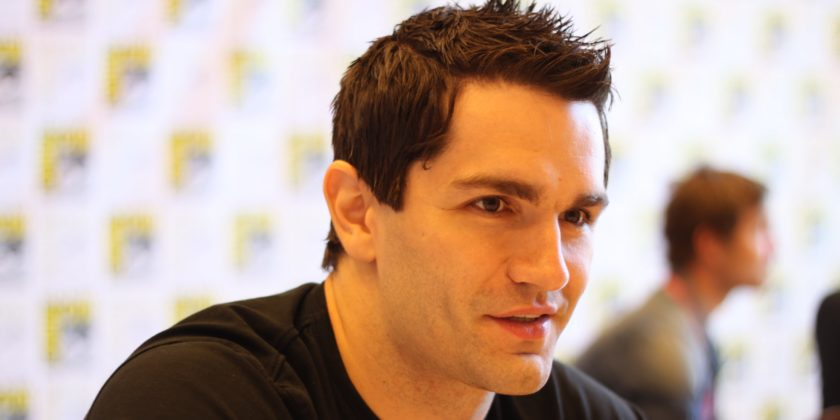 Arrowverse - Informations & Reviews Sam-Witwer-840x420