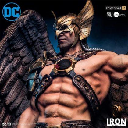 Une nouvelle statuette impressionnante de Hawkman 1