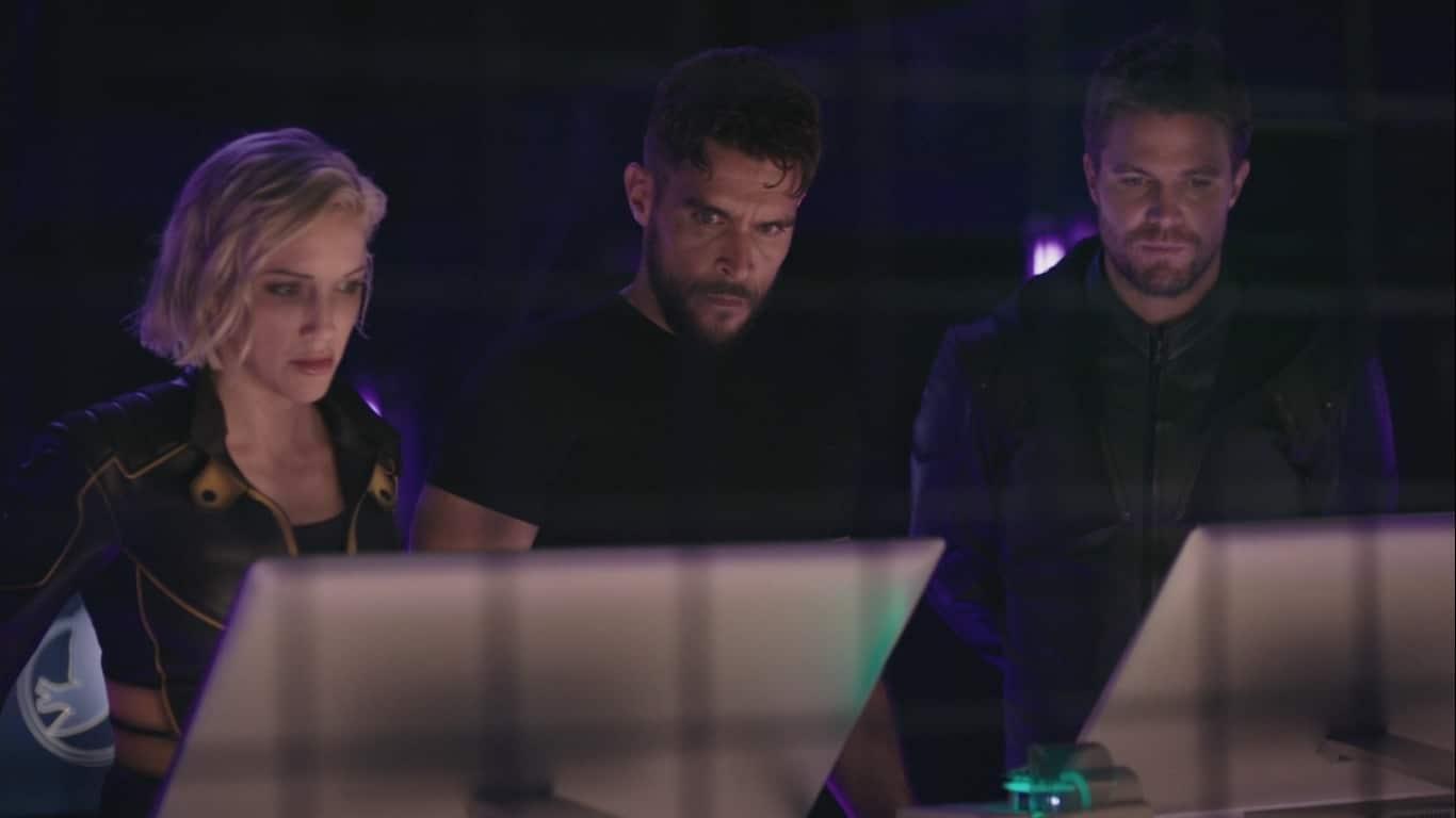 Review TV - Arrow Saison 8 Episode 1 : Starling City 2