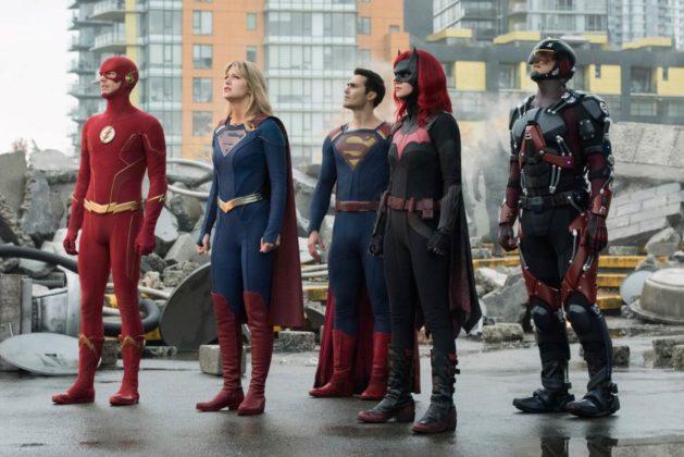 Le crossover Crisis on Infinite Earths fait le plein de photos et teasers 5