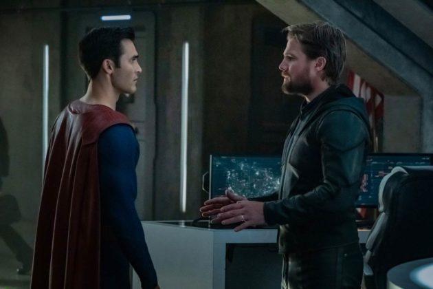 Le crossover Crisis on Infinite Earths fait le plein de photos et teasers 4
