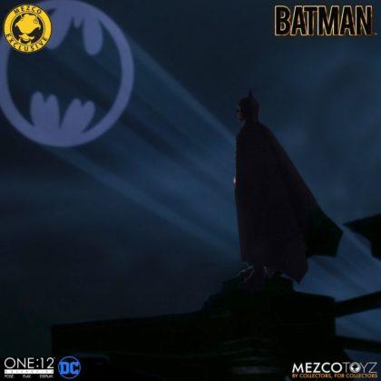 Le Batman de Keaton réapparait avec la figurine Mezco Toyz : Batman - 1989 Edition 10