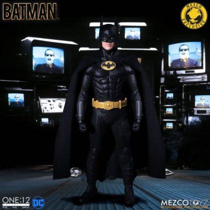 Le Batman de Keaton réapparait avec la figurine Mezco Toyz : Batman - 1989 Edition 2