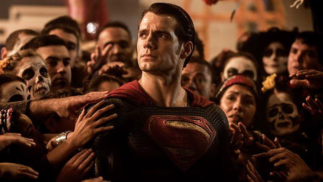 Henry Cavill de retour dans plusieurs films DC — Superman