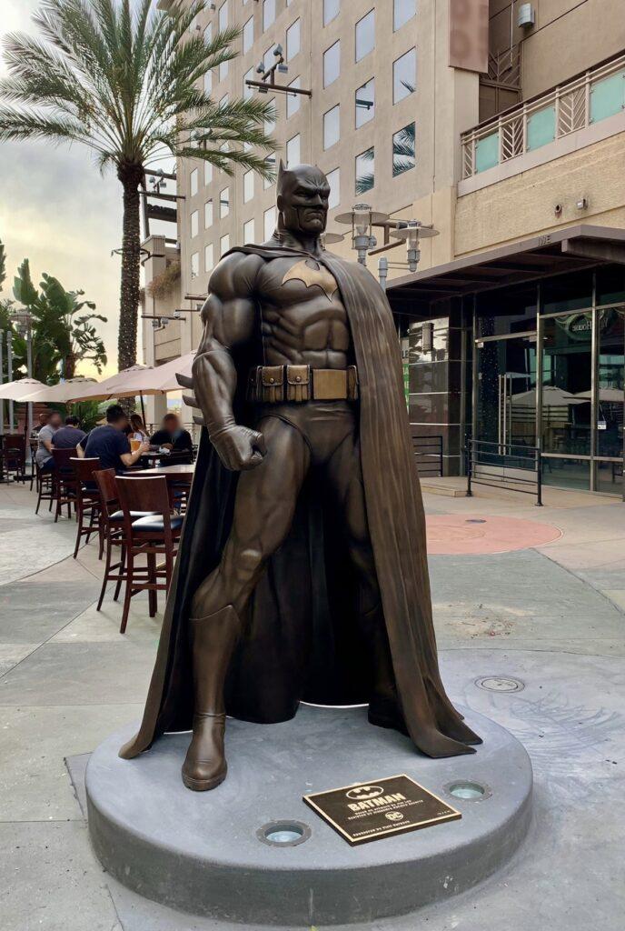 Statue de Batman à Burbank