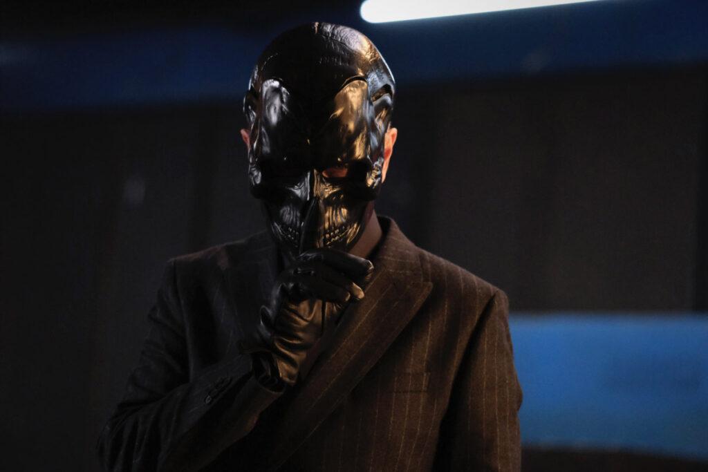 Peter Outerbridge est Black Mask dans Batwoman